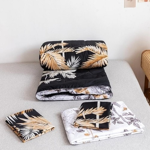 DEALS FOR LESS - Comforter Set of 4 Pieces, Palm Leaves Design, 1 Comforter + 1 Bedsheet + 2 Pillow Covers