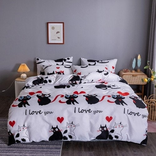 DEALS FOR LESS - King Size, Duvet Cover, Bed Sheet Set of 6 Pieces,Black Cat design, 1 Duvet cover + 1 Fitted bedsheet + 4 pillow covers.